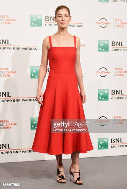 Rosamund Pike attends 'Hostiles' photocall during the 12th Rome Film Fest at Auditorium Parco Della Musica on October 26 2017 in Rome Italy