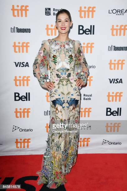 Rosamund Pike attends the 'Hostiles' premiere during the 2017 Toronto International Film Festival at Princess of Wales Theatre on September 11 2017...