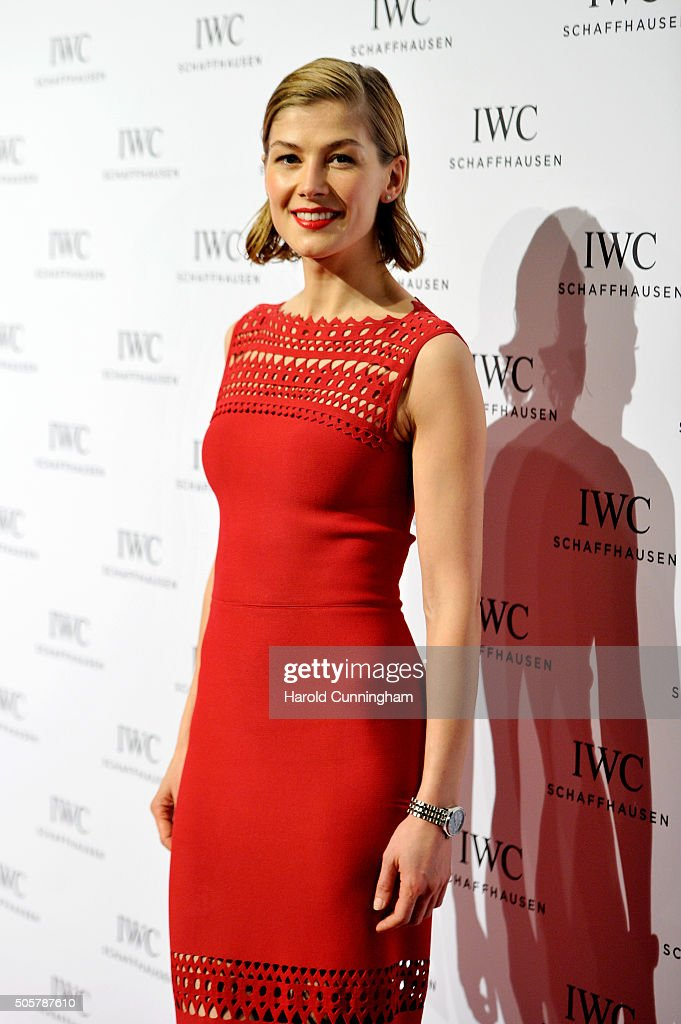 Rosamund Pike attends the IWC 'Come Fly with us' Gala Dinner during the launch of the Pilot's Watches Novelties from the Swiss luxury watch manufacturer IWC Schaffhausen at the Salon International de la Haute Horlogerie (SIHH) 2016 on January 19, 2016 in Geneva, Switzerland.