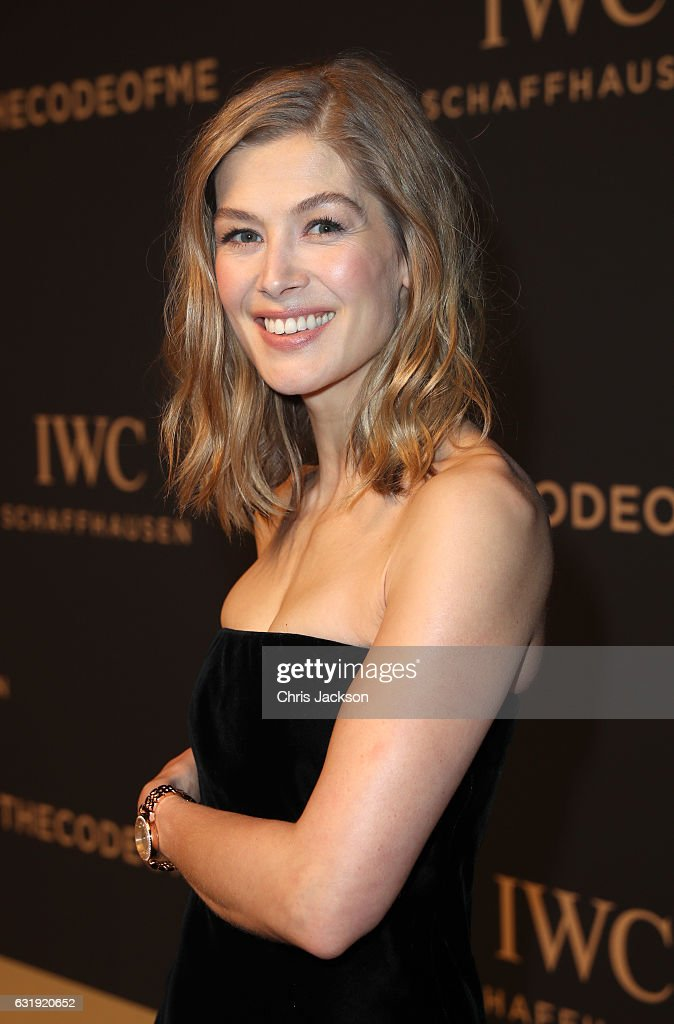Rosamund Pike attends the IWC Schaffhausen 'Decoding the Beauty of Time' Gala Dinner during the launch of the Da Vinci Novelties from the Swiss luxury watch manufacturer IWC Schaffhausen at the Salon International de la Haute Horlogerie (SIHH) on January 17, 2017 in Geneva, .