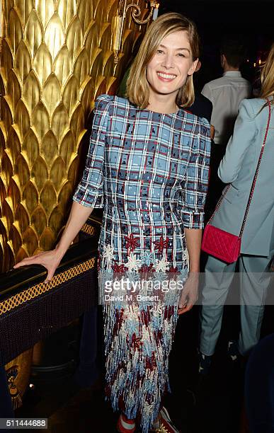 Rosamund Pike attends the Marc Jacobs Beauty dinner at the Club at Park Chinois on February 20 2016 in London England