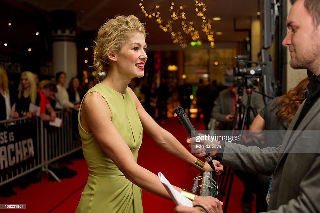 Rosamund Pike attends the Swedish Premiere of 'Jack Reacher' at Multiplex Sergel on December 11, 2012 in Stockholm, Sweden.