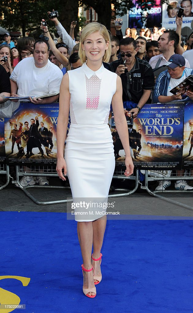 Rosamund Pike attends the World Premiere of 'The World's End' at Empire Leicester Square on July 10, 2013 in London, England.