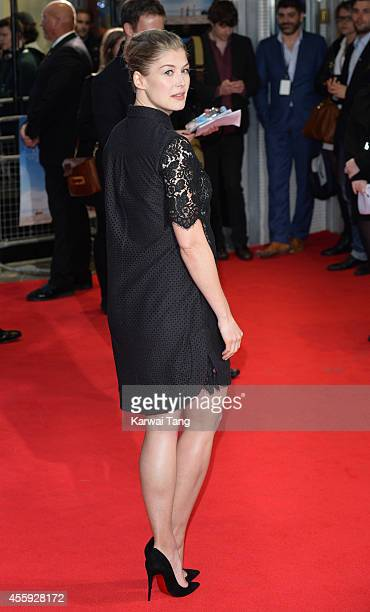 """Rosamund Pike attends the World Premiere of """"What We Did On Our Holiday"""" at Odeon West End on September 22, 2014 in London, England."""