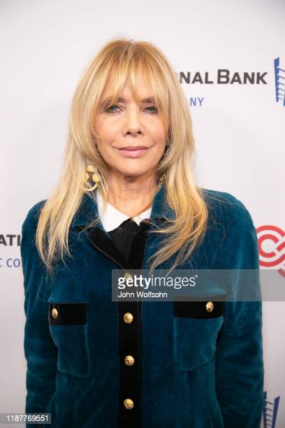 Rosanna Arquette attends the Cedars-Sinai Board of Governors Annual Gala hosted by Howie Mandel with a performance by Josh Groban at the Beverly...