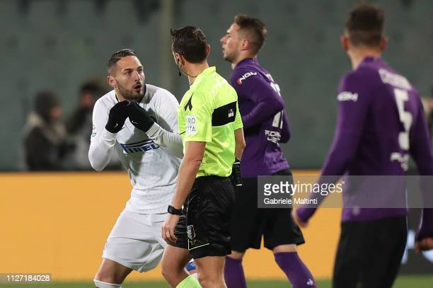 Rosario Abisso referee speaks with Danilo D'Ambrosio of FC Internazionale during the Serie A match between ACF Fiorentina and FC Internazionale at...