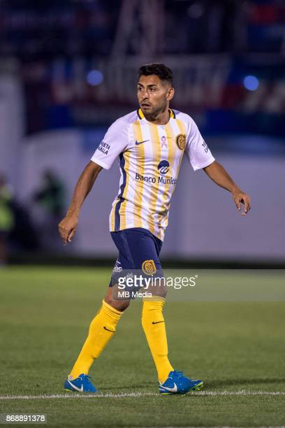 OCTOBER 30 Rosario Central midfielder Federico Carrizo during the Superliga Argentina match between Tigre and Rosario Central at Estadio José...