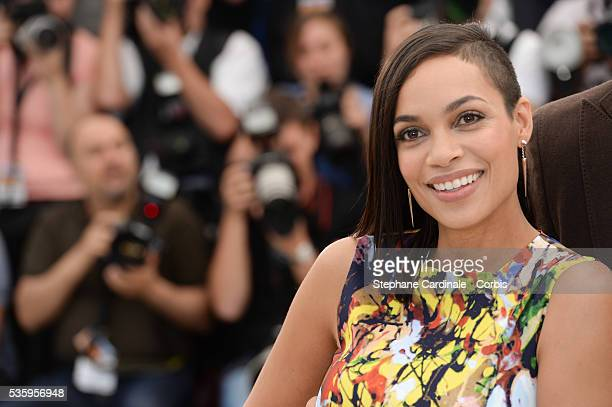 """Rosario Dawson attends the """"Captives"""" photocall during the 67th Cannes Film Festival."""