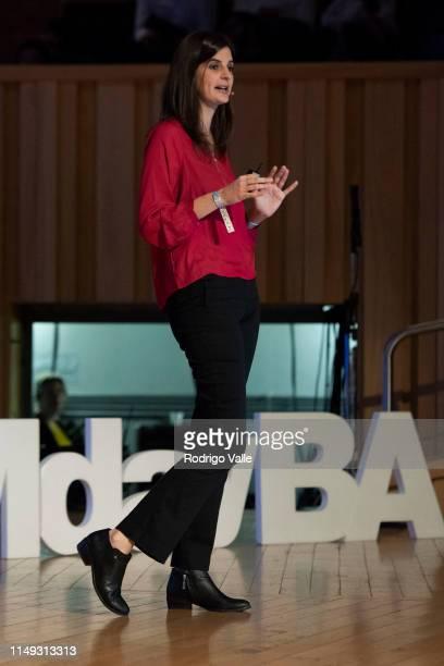 """Rosario Tejedor speaks during the panel """"Estrategia de Customer Experience en el mundo de las redes sociales"""" as part of Social Media Day Buenos..."""