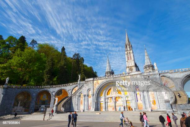 Rosary Basilica. Lourdes city. Hautes-Pyrenees department, Midi-Pyrenees region, France, Europe.