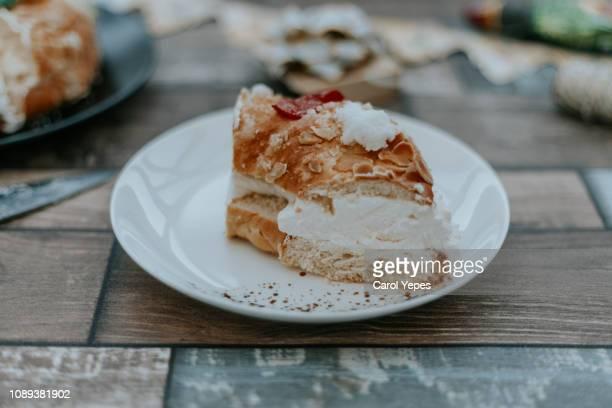 roscon de reyes, kings' ring typical dessert eaten in spain to celebrate epiphany or dia de reyes magos - roscon de reyes fotografías e imágenes de stock
