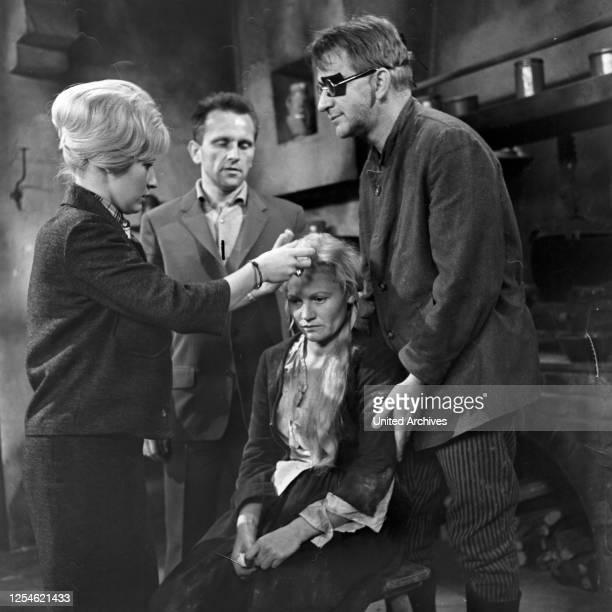 Rose Bernd Fernsehfilm Deutschland 1962 Regie Gustav Burmester Darsteller Ida Krottendorf bei Dreharbeiten