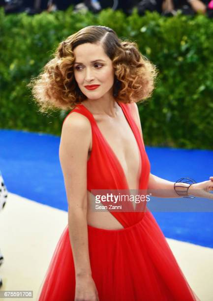 Rose Byrne arrives Rei Kawakubo/Comme des Garcons Art Of The InBetween Costume Institute Gala at The Metropolitan Museum on May 1 2017 in New York...