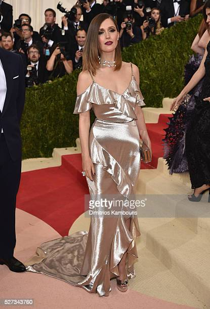 Rose Byrne attends the 'Manus x Machina Fashion In An Age Of Technology' Costume Institute Gala at Metropolitan Museum of Art on May 2 2016 in New...