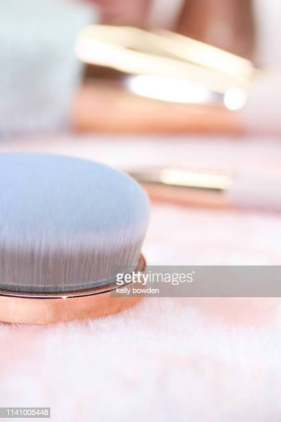 rose gold make up brushes fashion beauty - kelly bowden stock pictures, royalty-free photos & images