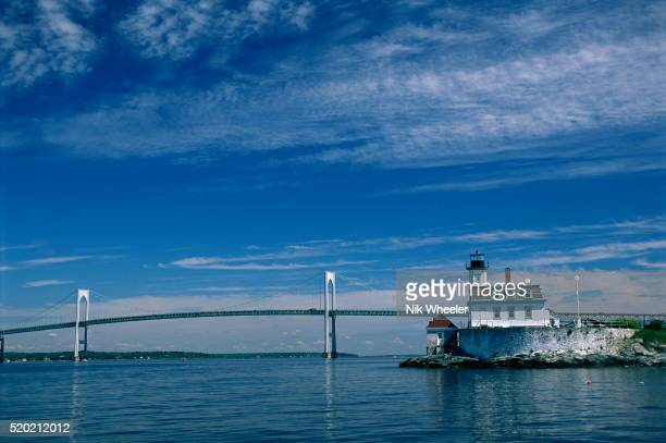 rose island lighthouse and newport bridge - rhode island stock pictures, royalty-free photos & images