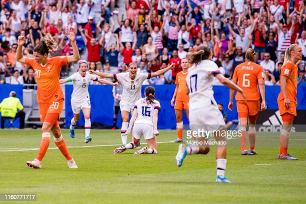 Rose Lavelle of United States celebrating her goal with her teammates during the 2019 FIFA Women's World Cup France Final match between The United...