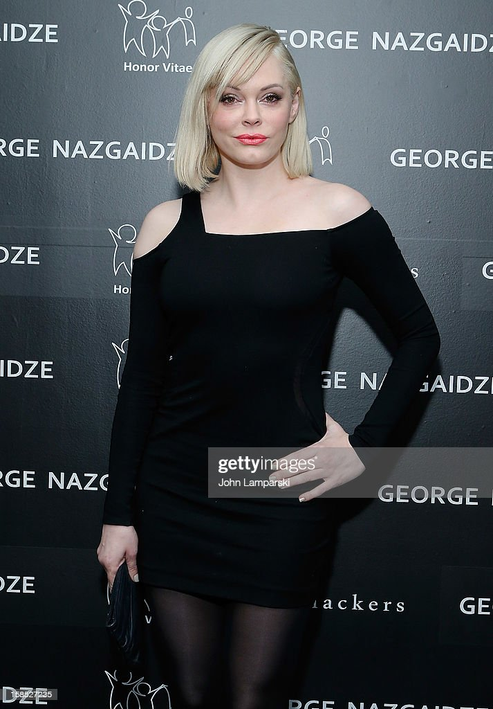 Rose McGowan attends Charity Meets Fashion Holiday Celebration Honoring The World's Children at Affirmation Arts on December 17, 2012 in New York City.
