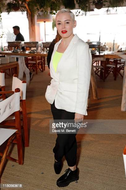 Rose McGowan attends Nikki Beach for the Frankie cast dinner, on May 20, 2019 in Cannes, France.