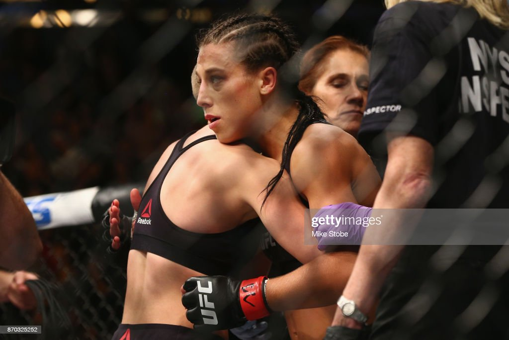 UFC 217: Jedrzejczyk v Namajunas : News Photo