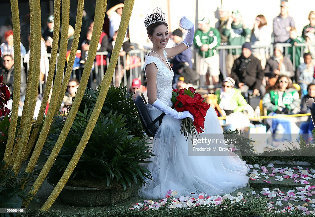 Rose Queen Ana Marie Acosta on the parade route during the 125th Rose Parade on January 1, 2014 in Pasadena, California.