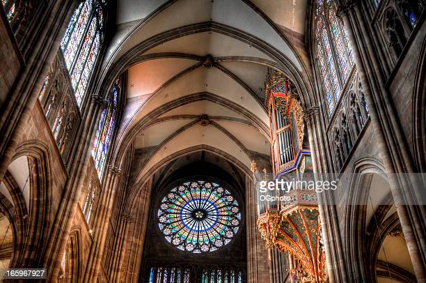 rose window of the strasbourg cathedral, france - ogphoto stock pictures, royalty-free photos & images