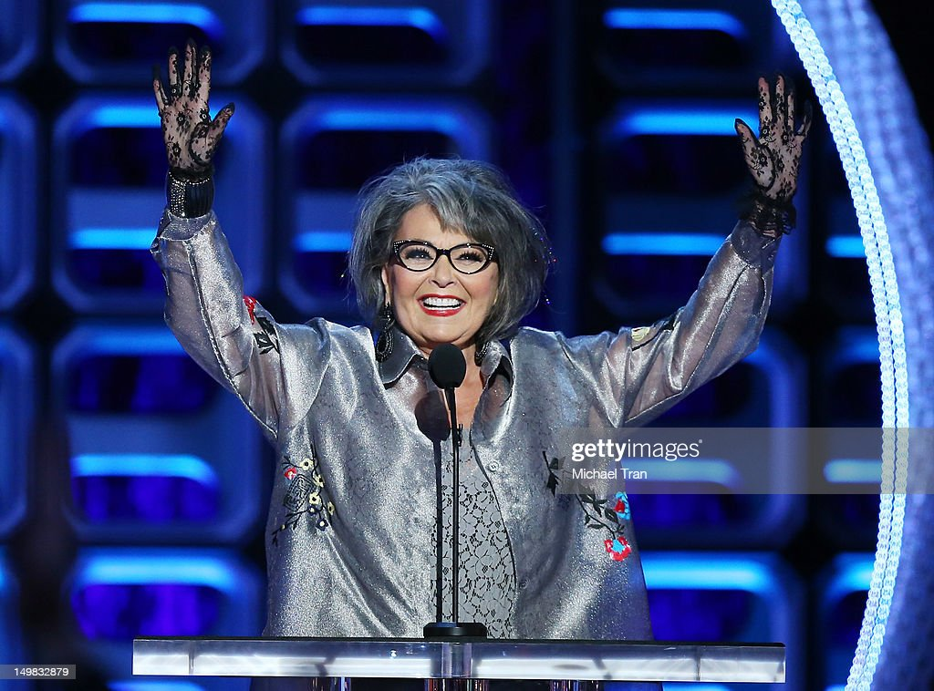 Comedy Central Roast Of Roseanne Barr - Show