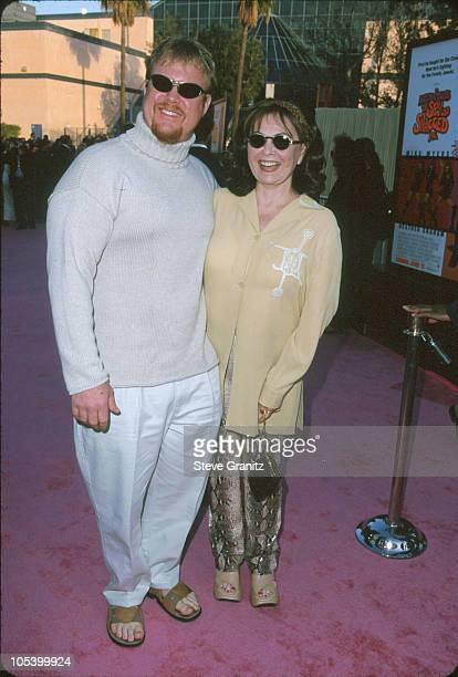 Roseanne Ben Thomas during Austin Powers The Spy Who Shagged Me Los Angeles Premiere at Universal Amphitheatre in Universal City California United...