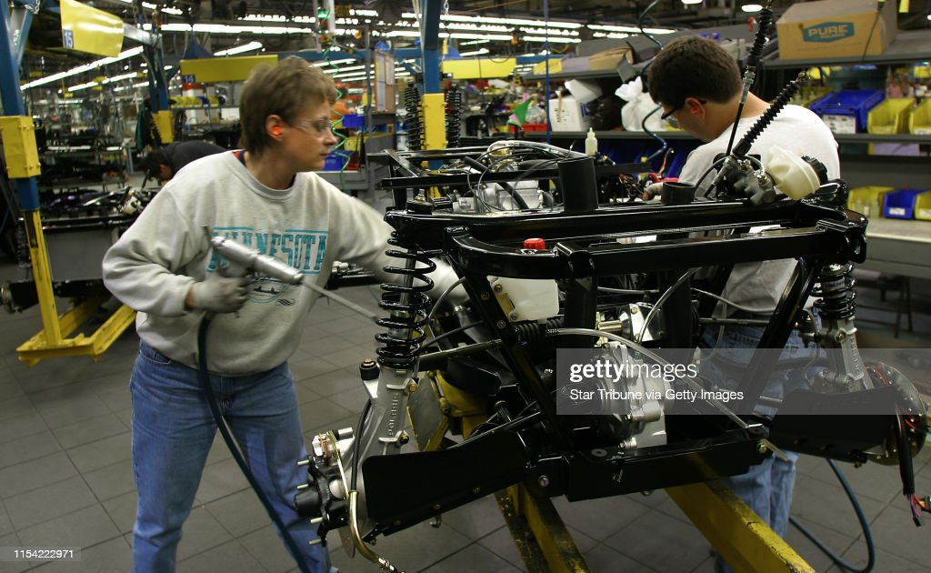 Roseau, MN., Monday, 10/22/2002.  Polaris Industries Plant in Roseau, MN.  Captions to follow. : News Photo