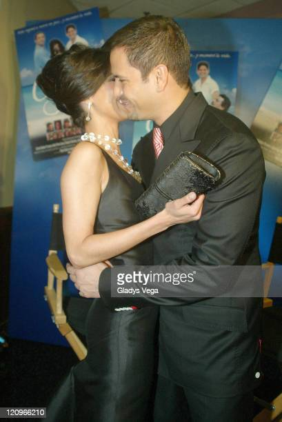 Roselyn Sanchez and Victor Manuelle during Cayo Film Premiere Puerto Rico September 14 2005 at San Juan in San Juan Puerto Rico