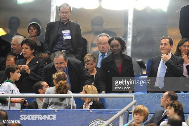 Roselyne BACHELOT / Fernand DUCHAUSSOY / Rama YADE / Eric BESSON France / Roumanie Eliminatoires Euro 2012 Stade de France Paris