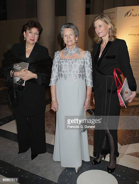 Roselyne BachelotNarquin Anemone Giscard d'Estaing and Isabelle Barnier attend the international evening of the child on December 8 2008 in...