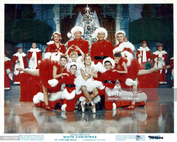 Rosemary Clooney Danny Kaye Bing Crosby VeraEllen and children pose for picture in a scene from the film 'White Christmas' 1954