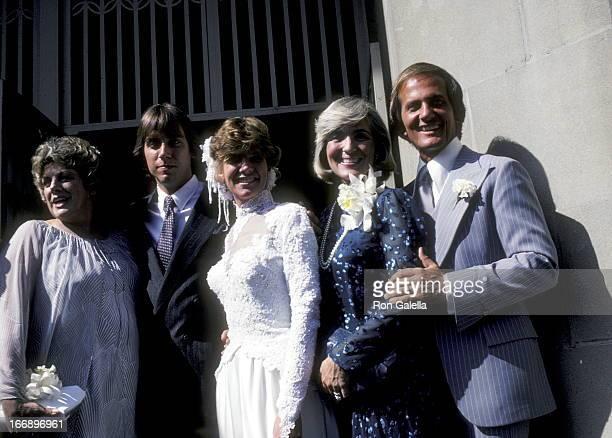 Rosemary Clooney Gabriel Ferrer Debby Boone Shirley Boone and Pat Boone attend Debby BooneGabriel Ferrer Wedding Ceremony on September 1 1979 at the...
