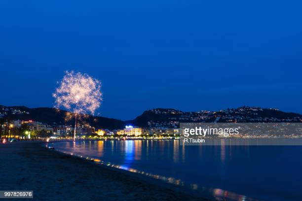 roses, girona fireworks. san juan festival - roses catalonia stock pictures, royalty-free photos & images