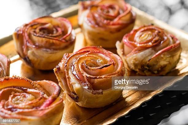 Rose-shaped desserts