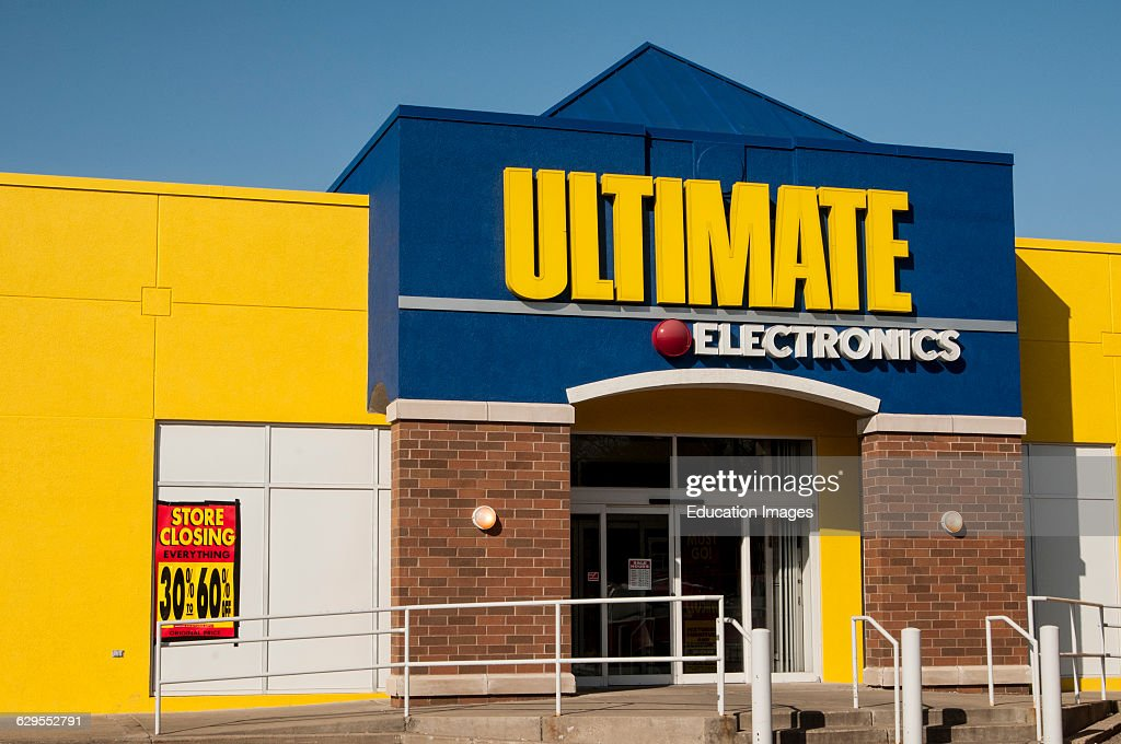 Roseville, Minnesota Ultimate Electronics company filed for Chapter 12 : News Photo
