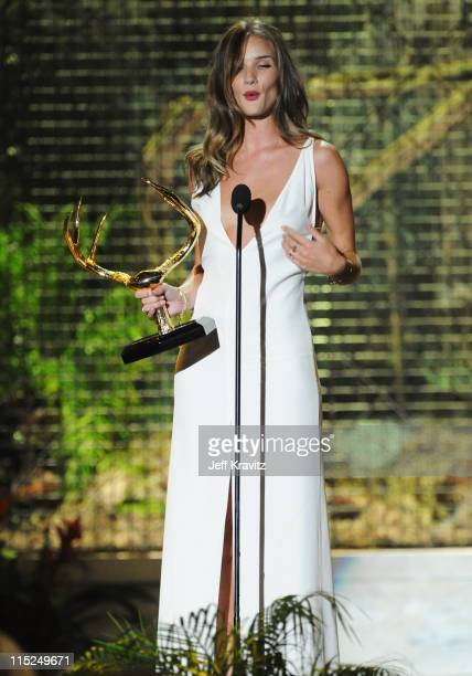Rosie HuntingdonWhiteley accepts an award onstage during Spike TV's 5th annual 2011 Guys Choice Awards at Sony Pictures Studios on June 4 2011 in...