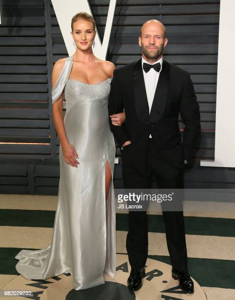 Rosie HuntingtonWhiteley and Jason Statham attend the 2017 Vanity Fair Oscar Party hosted by Graydon Carter at Wallis Annenberg Center for the...