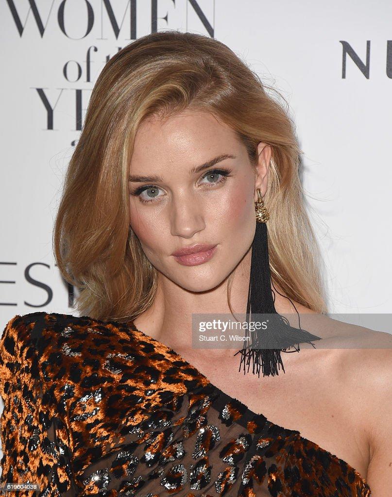 Harper's Bazaar Women Of The Year Awards - Red Carpet Arrivals : News Photo