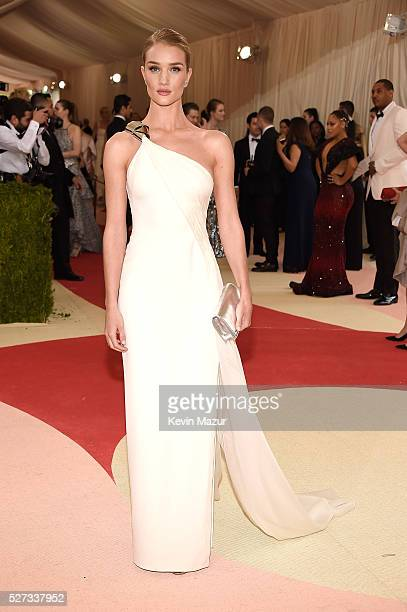 Rosie HuntingtonWhiteley attends 'Manus x Machina Fashion In An Age Of Technology' Costume Institute Gala at Metropolitan Museum of Art on May 2 2016...