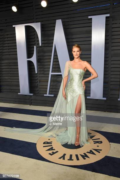 Rosie HuntingtonWhiteley attends the 2018 Vanity Fair Oscar Party hosted by Radhika Jones at the Wallis Annenberg Center for the Performing Arts on...