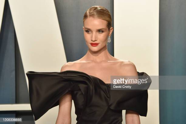 Rosie HuntingtonWhiteley attends the 2020 Vanity Fair Oscar Party at Wallis Annenberg Center for the Performing Arts on February 09 2020 in Beverly...