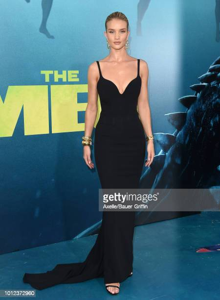 Rosie HuntingtonWhiteley attends the premiere of Warner Bros Pictures and Gravity Pictures' 'The Meg' at TCL Chinese Theatre IMAX on August 6 2018 in...