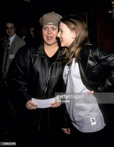 Rosie O'Donnell and Scarlett Johansson during New York Premiere of Primary Colors March 16 1998 at Ziegfeld Theatre in New York City New York United...