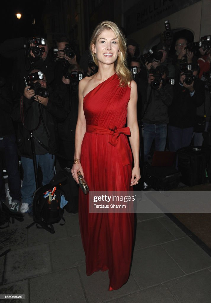 Rosmund Pike attends the Harper's Bazaar Woman of the Year Awards at Claridge's Hotel on October 31, 2012 in London, England.