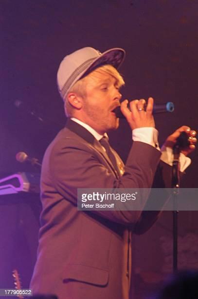 Ross Antony, Auftritt beim Schützenfest, Schützenplatz, Künstlerdorf Worpswede, Niedersachsen, Deutschland, Europa, Bühne, Mikro, singen, Cappy,...