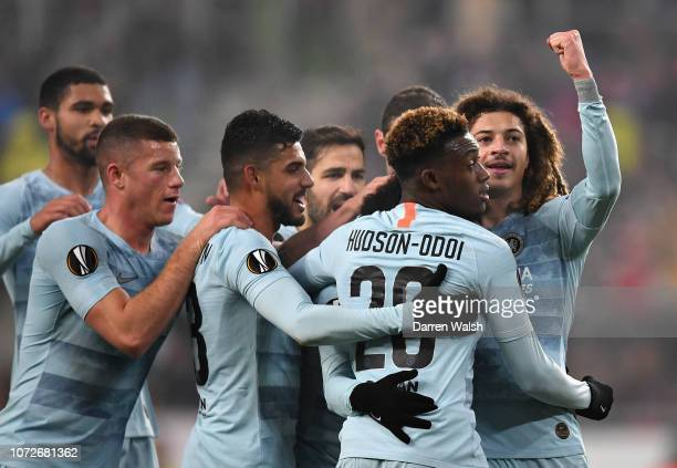 Ross Barkley, Emerson Palmieri, Callum Hudson-Odoi and Ethan Ampadu all of Chelsea celebrate after Willian scored their sides first goal during the...