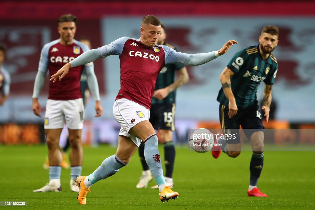 Aston Villa v Leeds United - Premier League : Nachrichtenfoto