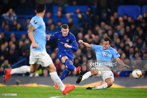 Ross Barkley of Chelsea has a shot during the UEFA Europa League Round of 32 Second Leg match between Chelsea and Malmo FF at Stamford Bridge on...